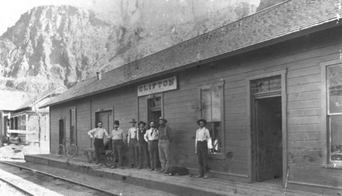 Old Clifton Train Station