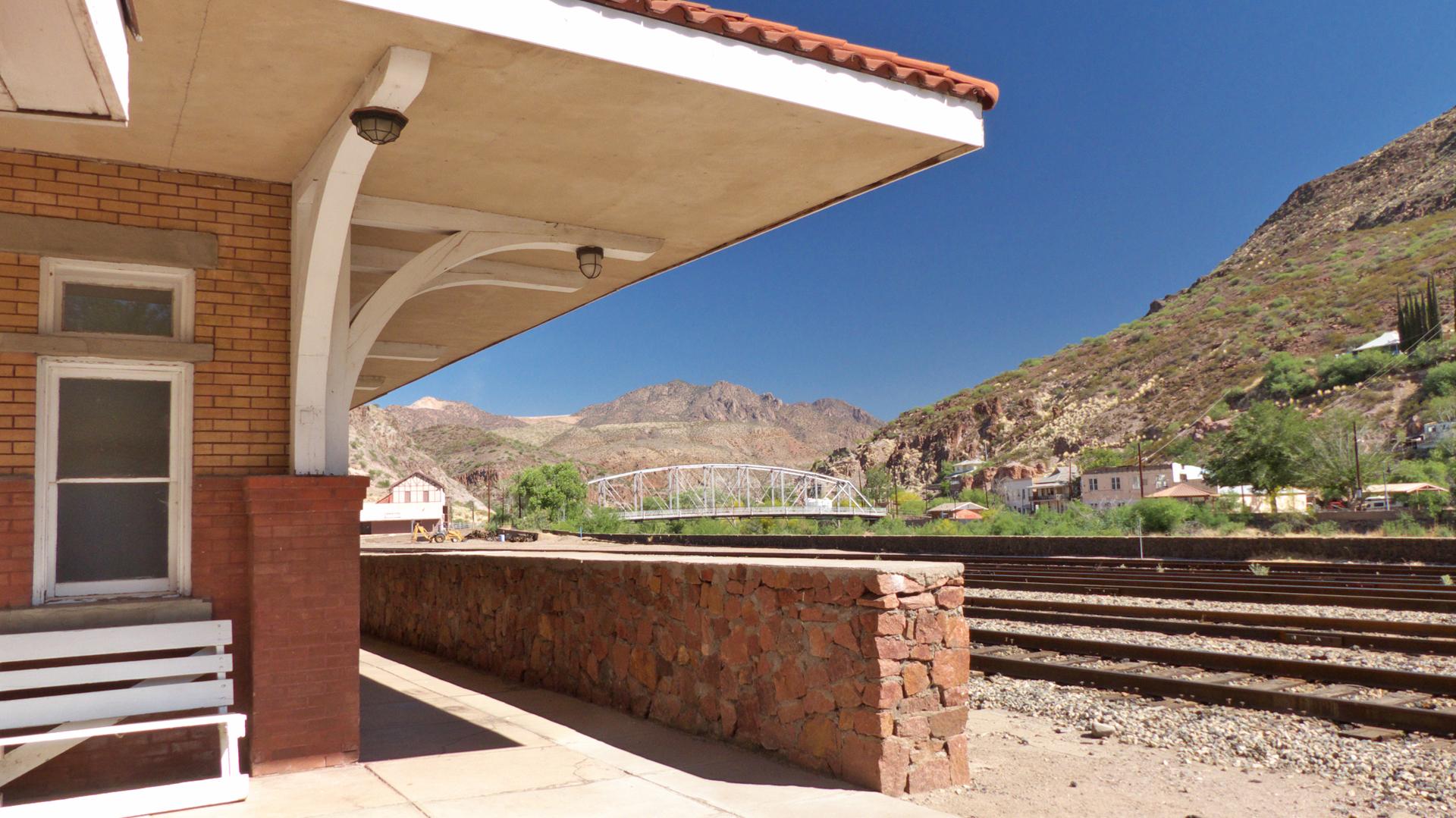 Clifton Train Station