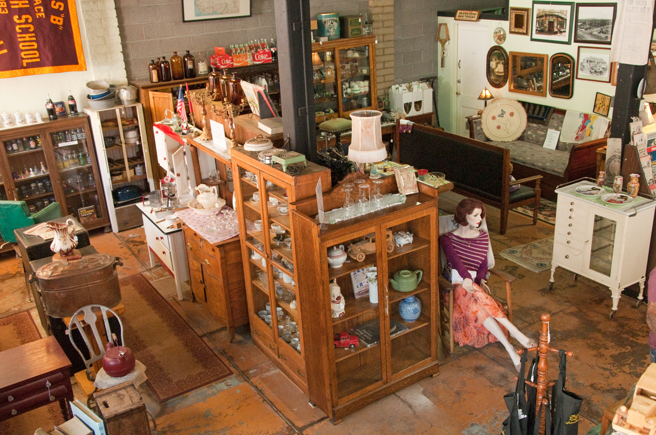 A Vintage Clifton Antiques