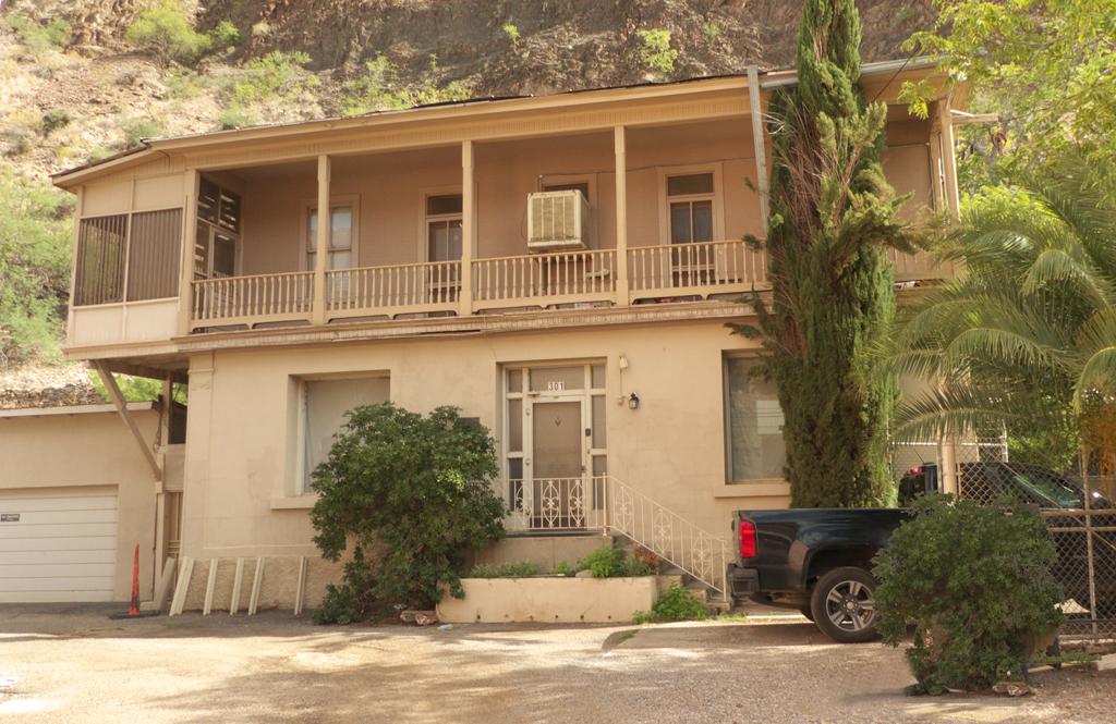 Palicio House